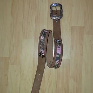 Justin Cowgirl Pink camouflage studded belt 34